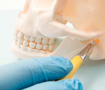Protect your oral health with wisdom teeth removal by an experienced dentist in Milton, ON